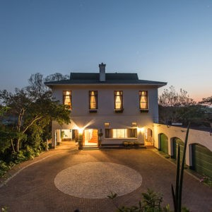 This prestigious Guest House is accessed via a narrow unpretentious suburban lane in Umtentweni by the same name
